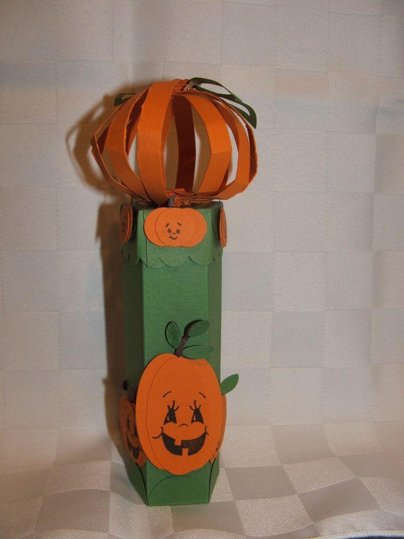 PunchPumpkinTube1