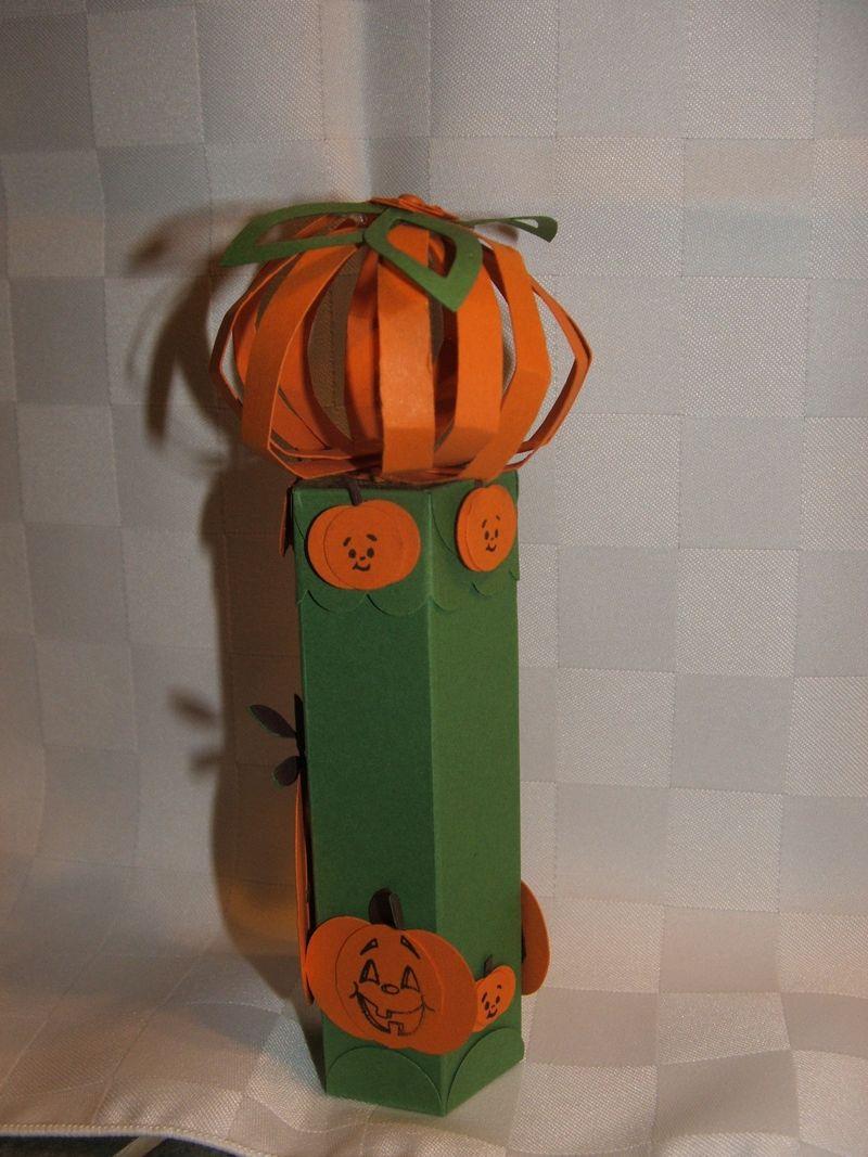 PunchPumpkinTube2