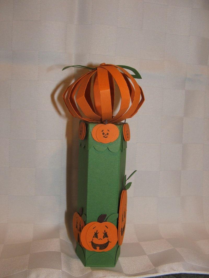 PunchPumpkinTube3
